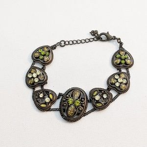 Jewelry - 💢3 for $25💢 Vintage Style Green Crystal Bracelet
